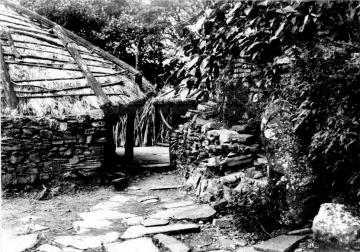Black and white picture of Kulalangau village