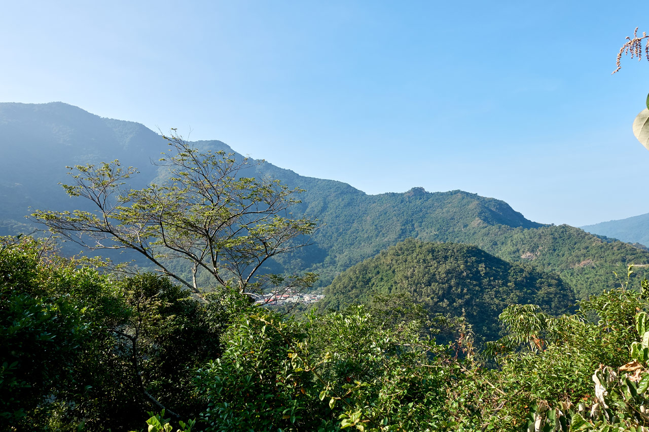 Panoramic mountain view - village in distance - ZuMuShan 足母山