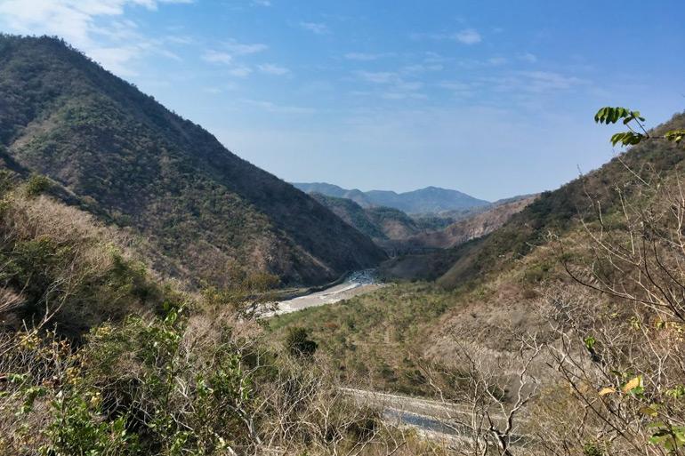 WaiMaLiBaShan 外麻里巴山 - view of mountains and river below