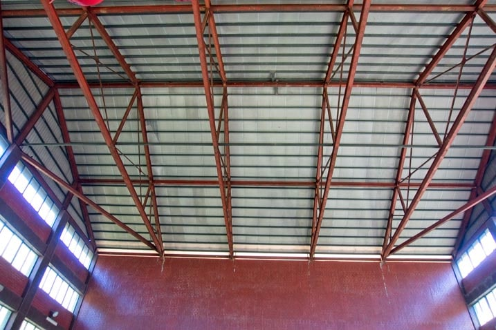 Wugongshan ceiling - Very high with rafters