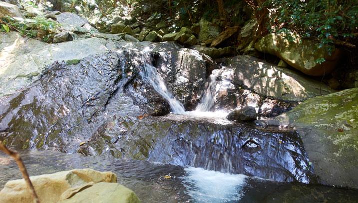Tiny sliding waterfall - small pool at bottom