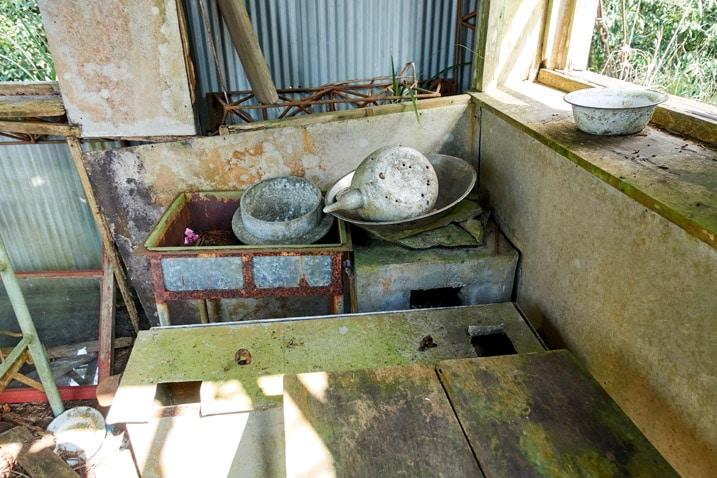 inside abandoned watchtower - ZuMuShan 足母山