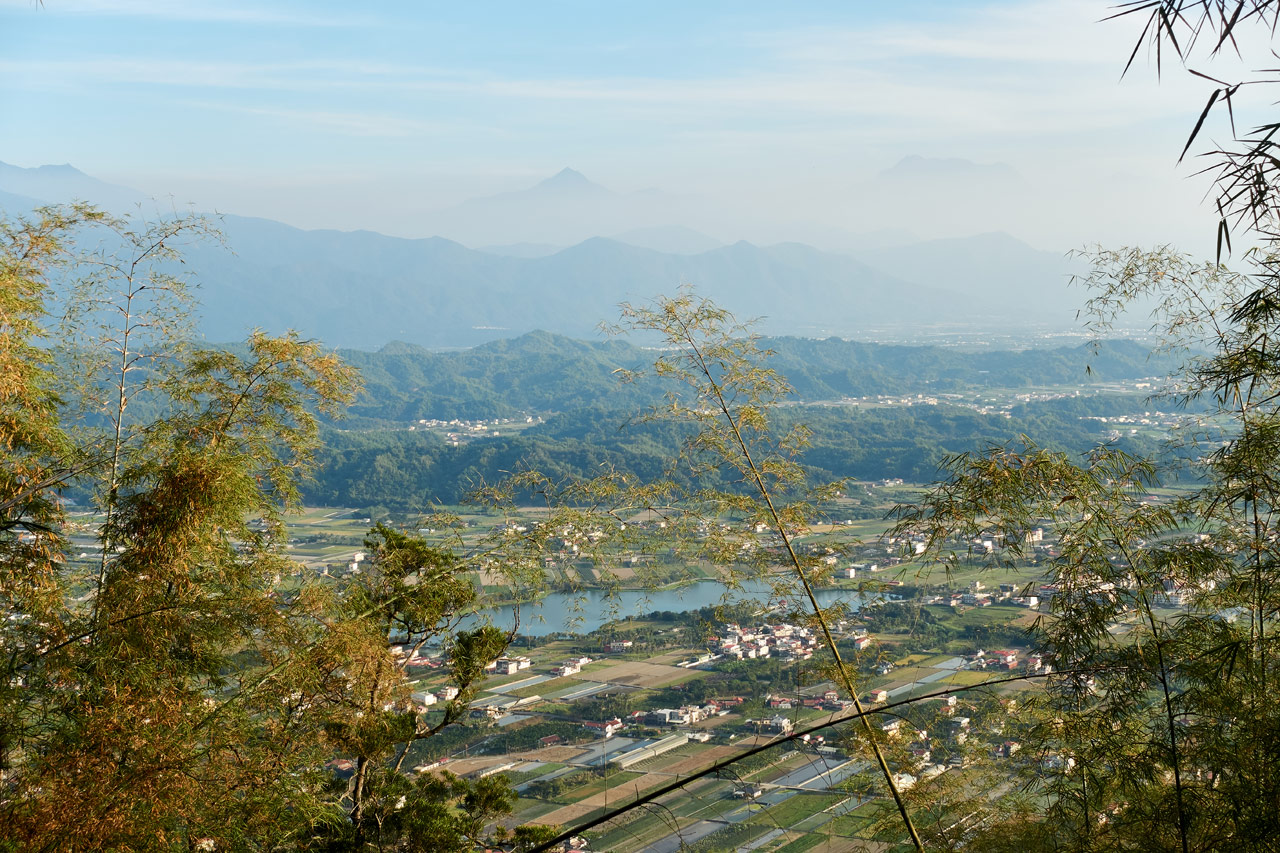 mountains and farmland - 旗月縱走