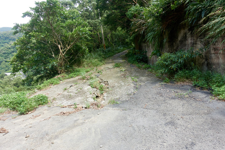 Road going up mountain